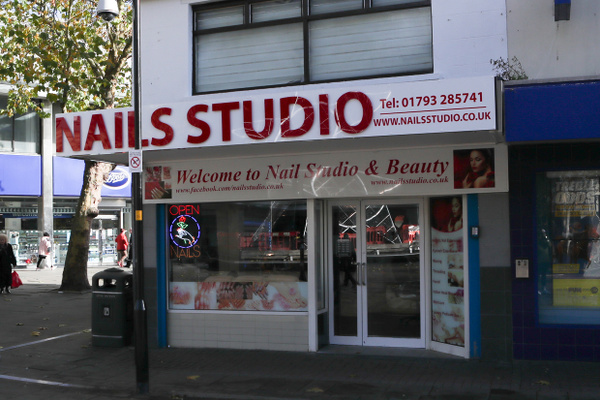 Nails Studio feature image